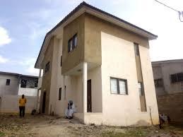 villa duplex 4 pièces situé à cocody
