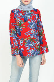cara flared blouse red blue flower