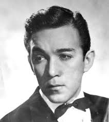 Anthony Quinn Height - CelebsHeight.org