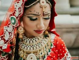 the traditional indian bride makeup in