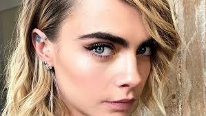 14 eyeliner hacks every should know