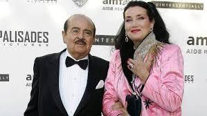 Adnan Khashoggi, Saudi arms merchant and world-class playboy, dies |  Stuff.co.nz