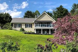 414 Byron Hill Road, Hartford, VT 05001 - MLS ID 4804928 - Better Homes and  Gardens Real Estate The Masiello Group
