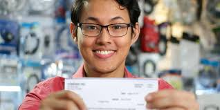 What to do with first paychecks   LGFCU Personal Finance