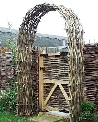 The Diy Wattle Fence Guide How To Build Preserve Worst Room
