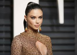 Adriana Lima: style of an Angel