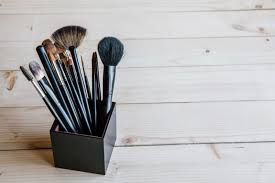 how to clean your makeup brushes and 5