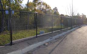 Tips For Hiring A Fencing Company Carl S Fencing Decking Window Replacement And Home Improvement