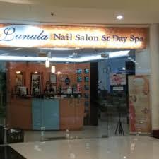lunula nail salon day spa