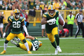 Packers-Vikings Observations: A Smith helped lead each defense on Sunday -  Acme Packing Company