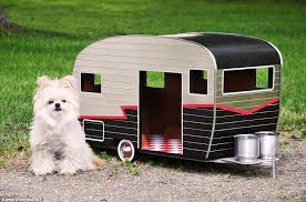 Pet Camper, A Tiny Dog House Shaped Like a Trailer With Custom License  Plates