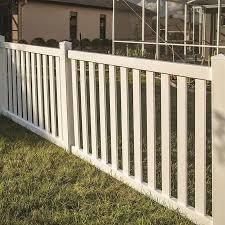Freedom Ready To Assemble Durham 4 Ft H X 6 Ft W White Vinyl Flat Top Vinyl Fence Panel In The Vinyl Fence Panels In 2020 Vinyl Fence Panels Vinyl Fence Fence Options