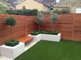 57 Gorgeous Garden Fence Design Ideas Ideaboz Diy Handwerk In 2020 Fence Design Backyard Fences Small Garden Design