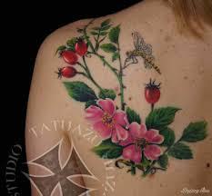 Kwiaty W Tatuazach Jakie Maja Znaczenie