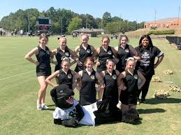 Duran North, South cheerleaders perform at Tennessee Titans game | The St.  Clair Times | annistonstar.com