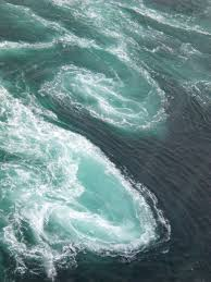 Shimshalabim ~ ocean magic.......i've never seen anything like this. | Sea  and ocean, Ocean, Ocean waves
