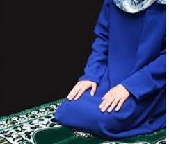 صورة فتاة ساجدة اروع صورة لفتاه ساجدة اجمل الصور
