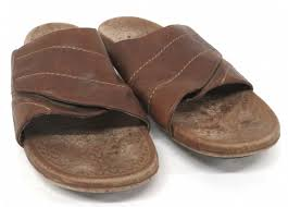 ugg men s brown leather slippers size