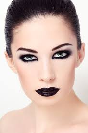 gothic makeup tips for channeling your