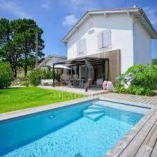 villa d architecte avec piscine