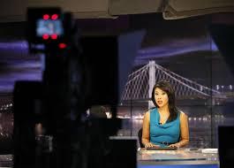 Veronica De La Cruz finding new paths in TV news - SFGate