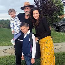 Hilarie Burton Talks Courtship with Husband Jeffrey Dean Morgan | PEOPLE.com