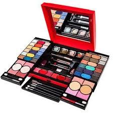 prehensive makeup kit
