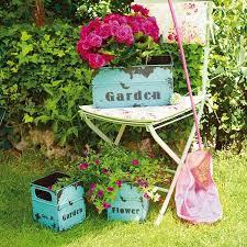 vintage garden decor ideas little