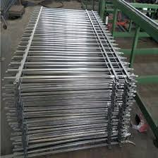 Privacy Garden Heavy Duty Steel Fence Panels China Metal Fence And Garden Fence Price Made In China Com