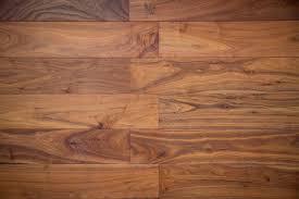 hardwood vs vinyl flooring pros cons