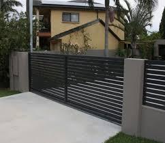 Custom Fence Wooden Fences Driveway Gates Los Angeles Harwell Design Fences Driveway Gates Los Angeles Santa Monica House Fence Design Modern Fence Design House Front Gate