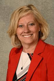 Pamela Johnson-Carlson named chief administrative officer of UI ...