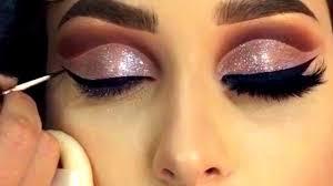 how do you do good eye makeup