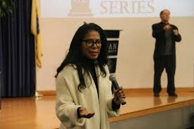 Judy Smith Delivers for Kean's Distinguished Lecture Series | The Cougar's  Byte
