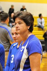 Wendy Simmons to coach girls basketball