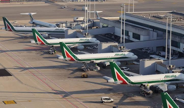 """Image result for aeroporto roma Alitalia"""""""