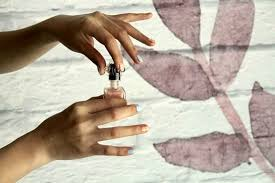 removing skin s with nail polish