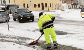 Scuole chiuse per neve in vari Comuni - La Voce di Rovigo