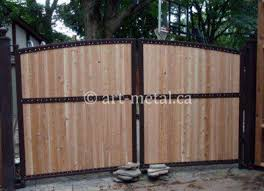 Get The Best Iron Fence With Wood From Reliable Toronto Company