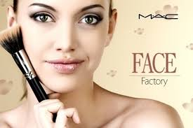 apply your own makeup with a mac makeup