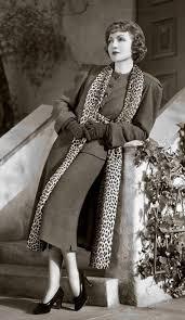 womens fashion office color combinations #womensfashionvintageoutfits |  Vintage fashion 1930s, High top sneakers fashion, Fashion