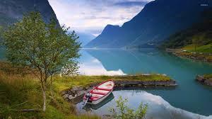 amazing lake between the mounns