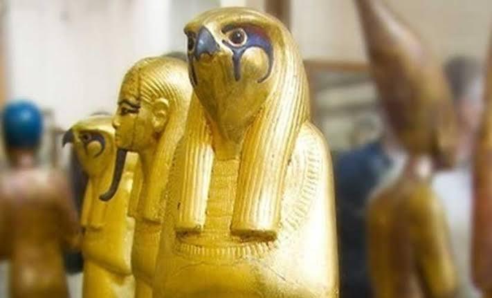 """نتيجة بحث الصور عن تماثيل ذهبية"""""""