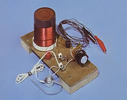 a homemade radio nature munity