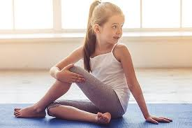 children yoga teacher in rishikesh