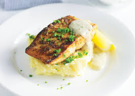 Pan-fried kingfish with creamy mashed ...
