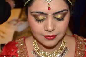 bridal eyes makeup in hindi saubhaya