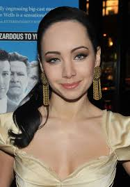 She might not have much of a body, but Ksenia Solo's face is just ...