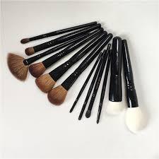 wayne goss brush 01 foundation 11