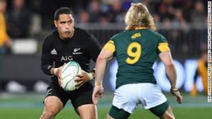 Aaron Smith apologizes for airport toilet incident - CNN